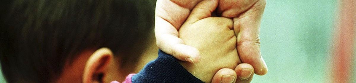 Carmona pone en marcha un economato social para familias necesitadas